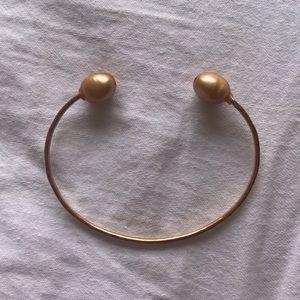 Jewelry - Fresh water Pearl hand cuff